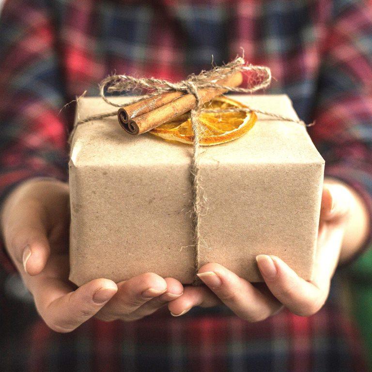day of birth 3115764 1920 - Лучший подарок к Новому году – это обогреватель «ТеплоРуссия»!